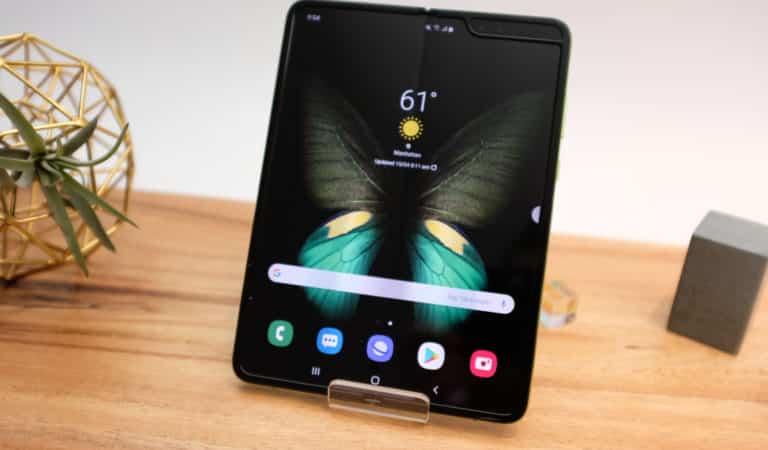 Samsung Galaxy Fold hands-on april 2019.